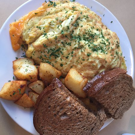 Samaria Cafe: Spanish Omelette with potatoes and toast