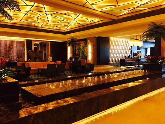 Crimson Hotel Filinvest City Manila Muntinlupa Metro Manila Philippines