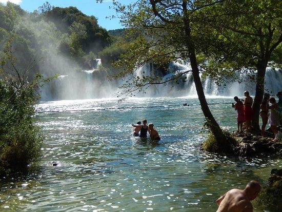 Шибенско-Книнская жупания, Хорватия: You can even go for a swim