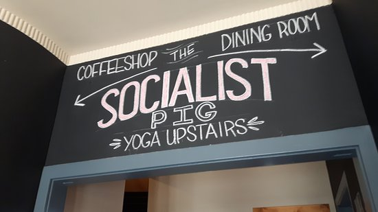 "The Socialist Pig: Small eating area, hardly a ""Dining Room"""