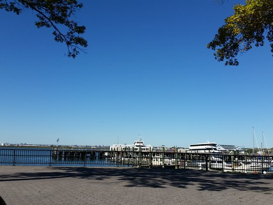 Flushing Bay Promenade and Park