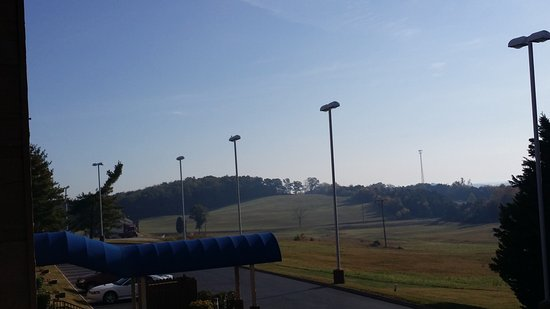 Morristown, TN: view of open area from the balcony