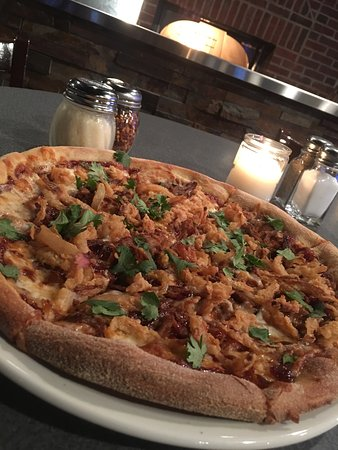 North Cape May, Nueva Jersey: The Pulled Pork Pizza is absolutely creative & delicious.....It is a Must Try!!