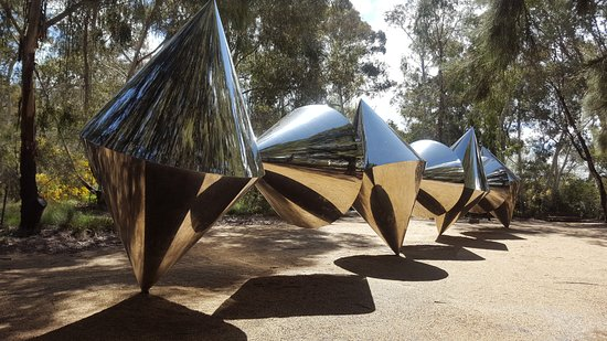 National Gallery Of Australia Outdoor Sculpture Canberra Art Gallery