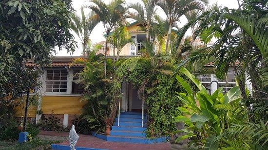 Hotel Milvia: Ingreso principal