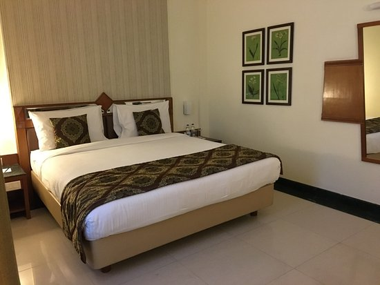 JP Cordial: Clean Spacious & Well Furnished Rooms