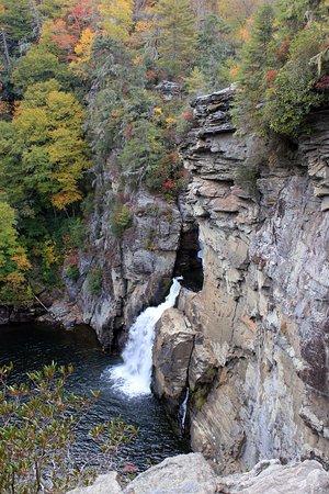 Linville Falls, Karolina Północna: View from Plunge Basin Overlook Trail