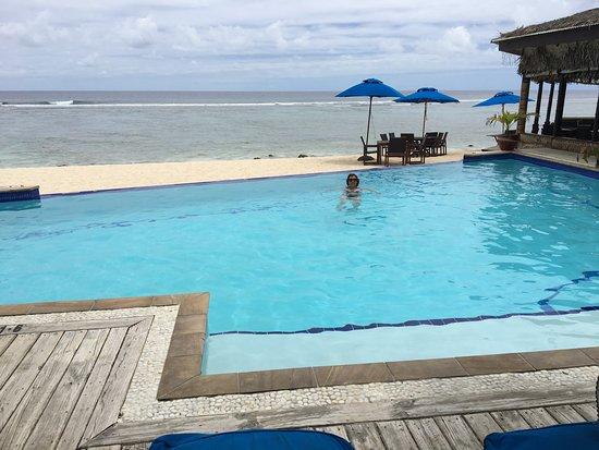 Manuia Beach Resort Location