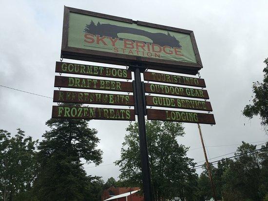 Pine Ridge, Kentucky: The sign on the corner.