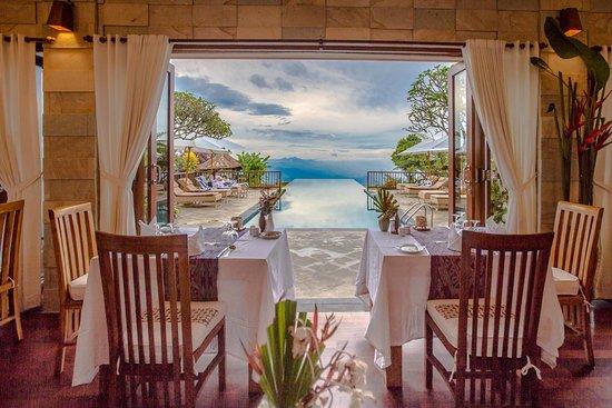 Munduk Moding Plantation: MiMPi Restaurant