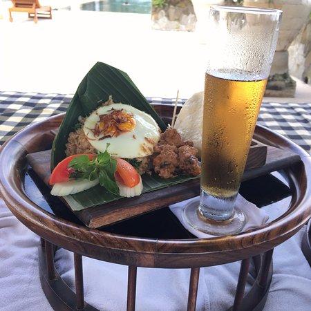 Manggis, Indonezja: 昼食にたべたナシゴレン 一番お気に入りになったメニュー