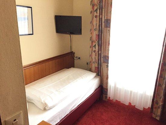 Hotel Doria: Room 24