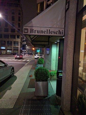 Brunelleschi Hotel: Entrance