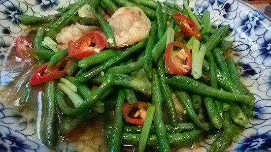 traditional khmer food restaurant stirred fried prawn with long bean