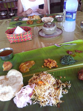 The Bangala: Multicourse lunch. Just what a Bengali wants
