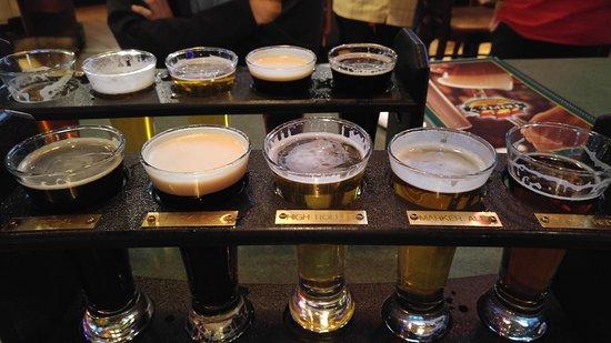 Triple 7 Brewpub: Biersampler