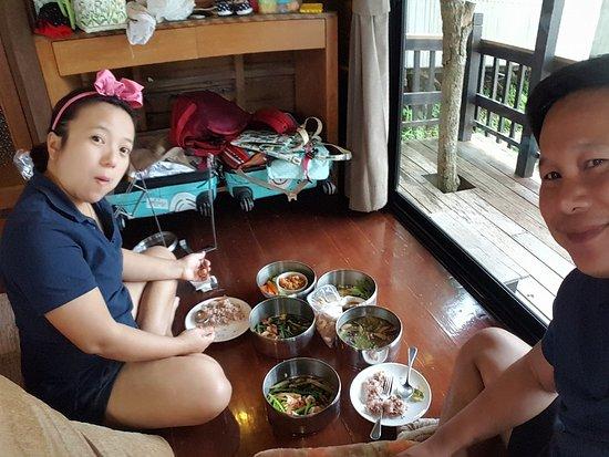 Chiang Khong, Thailand: เหมือนกินข้าวอยู่ที่บ้าน...