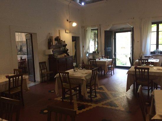 Licciana Nardi, Italia: Sala principale