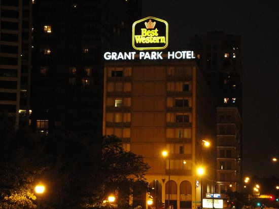 Exterior picture of best western grant park hotel for Best hotel location in chicago