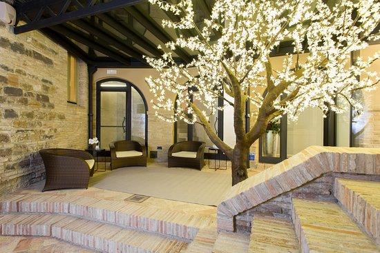 Palazzo Gentili - Suites & Apartments