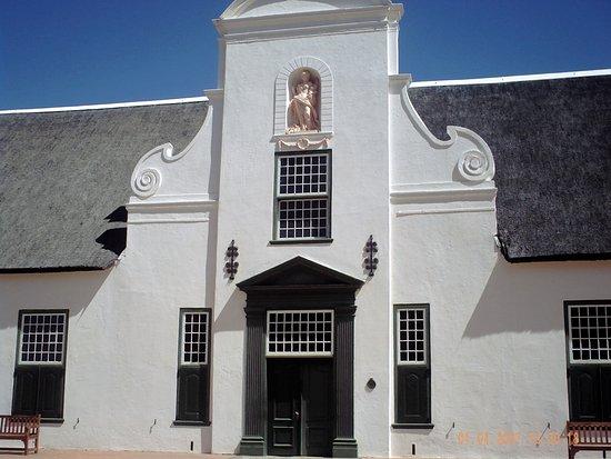 Groot Constantia building.