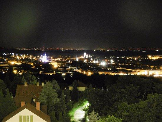 Sopron, Hungria: éjszakai panoráma