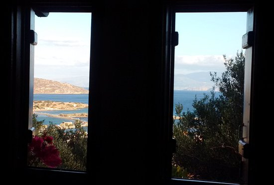 Elounda Heights Apartments and Studios: Room with a view