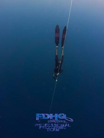Lapu Lapu, Filippinerna: Joakim working on his depth