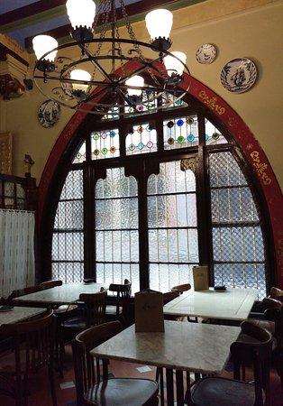Cuatro Bar Barcelona: Lugar hermoso y mítico, Els quatre gats