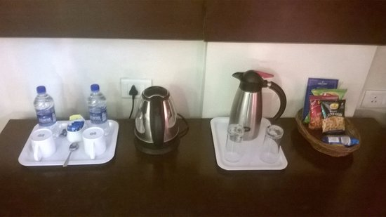 Nandhana Hometel: Tea Coffee Maker