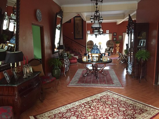 Villa Riri by The London Living
