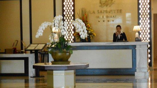 La Sapinette Hotel Dalat: Front desk