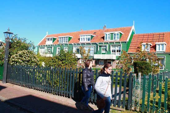 Marken, Nederland: Preciosas Casitas