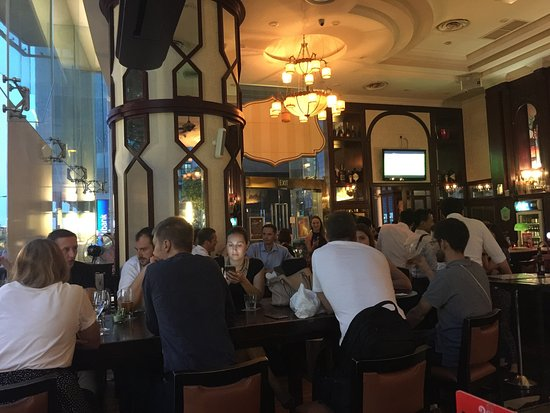 The Bank Bar + Bistro: A great Bar, eatery in the financial district