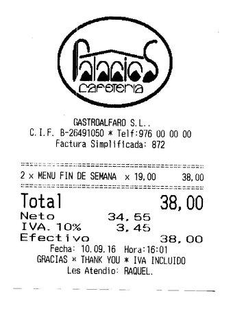 Alfaro, Spanyol: TICKET COMIDA MENÚ FIN DE SEMANA, INACEPTABLE.