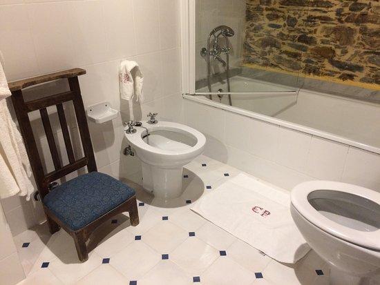 Figueras, Spain: salle de bains
