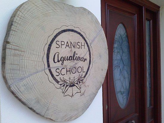 ‪Agualivar Spanish School‬