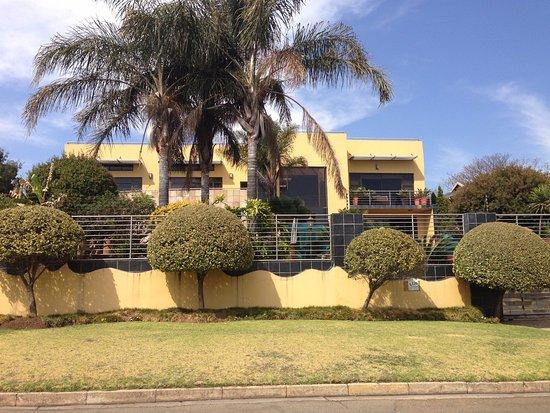 Boksburg, Afrique du Sud : Schöner wohnen im Park, wenn man es sich leisten kann