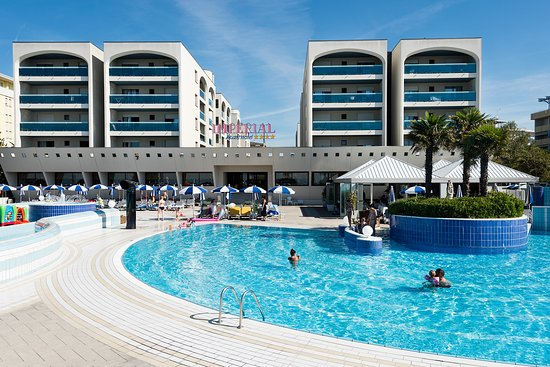 Aparthotel Imperial: Imperial Aparthotel, book now your holiday in Bibione!