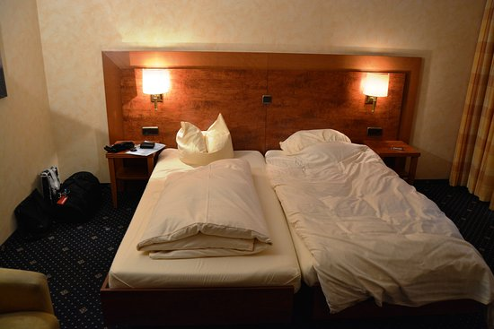 Fehmarn, Jerman: Sängarna