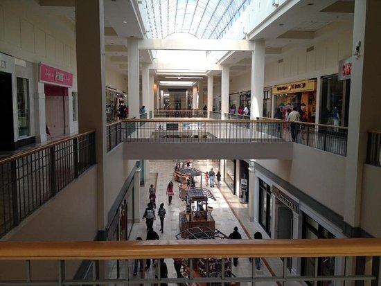 Northpark Mall: Mall
