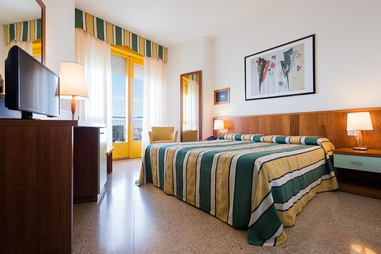 Hotel Luna, book now your holiday in Bibione!