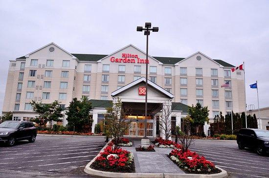Ajax, Canada : 飯店外觀(相機