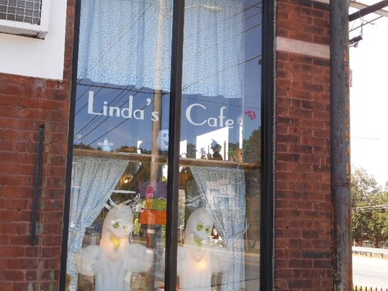 Linda's Cafe Photo