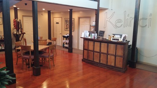 Long Beach, MS: Reception Desk