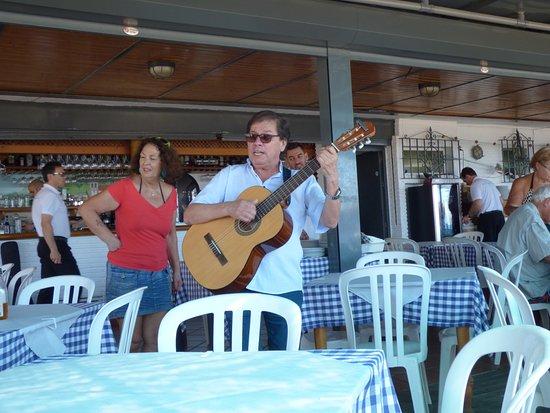 Chiringuito Pepes Bar : Très sympathique