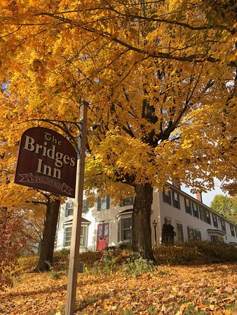 Bridges Inn at Whitcomb House: photo0.jpg