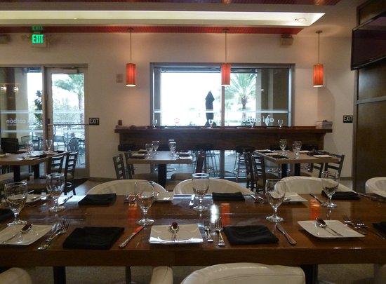 Sunny Isles Beach, فلوريدا: Aji Carbon Sunny Isles  great looking dining room