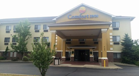 A warm welcome awaits you at the Comfort Inn Kalamazoo