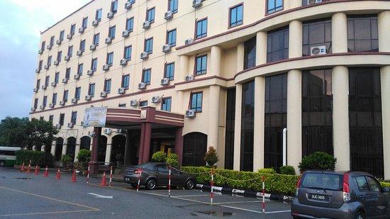 The Aston Hotel Putra Nilai